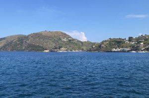 Hyrbil & biluthyrning på Eoliska öarna